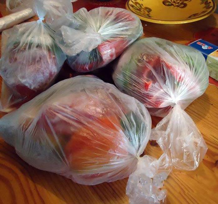 В качестве тары для хранения можно использовать пакеты толщиной более 120 мкм