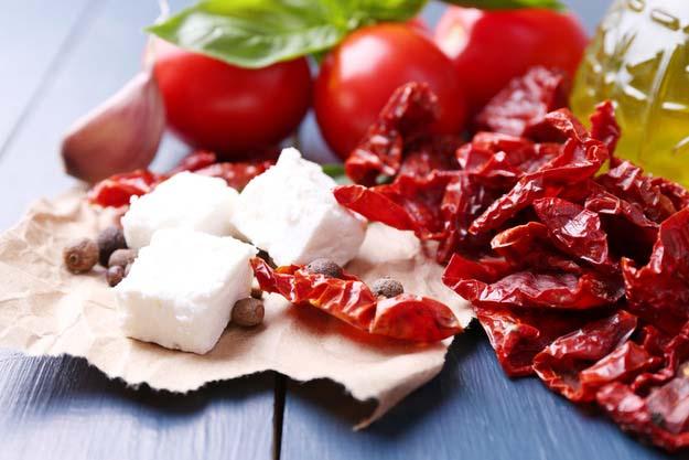 Томаты сочные – это дает возможность изготавливать из них заливки, соки, кетчупы и соуса