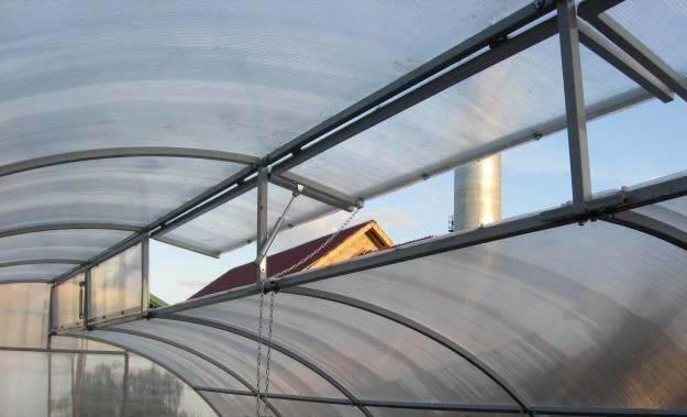 Главная характерная особенность сооружения по Митлайдеру заключается в конструкционном достоинстве, которое представлено вентиляционным устройством