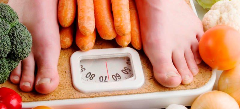 Богатая витаминами и ценными микроэлементами цветная капуста способствует плавному похудению, улучшает работу кишечника и повышает иммунитет