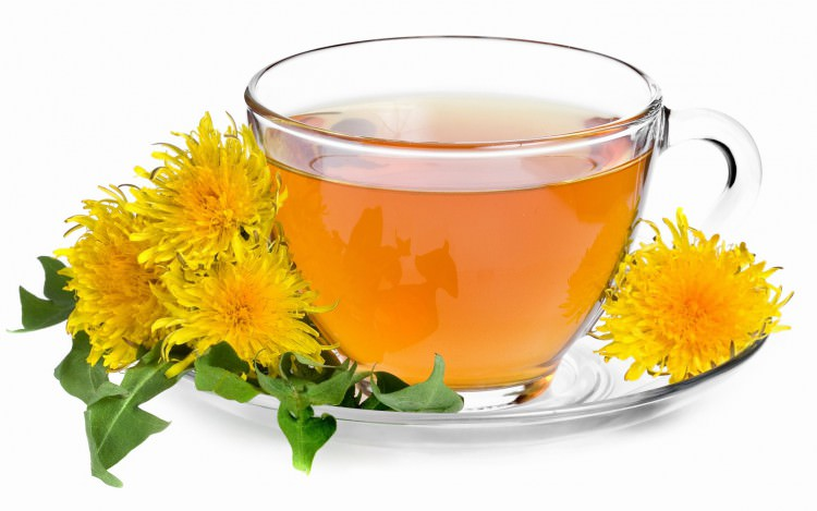 Одуванчиковый чай достаточно интересен на вкус
