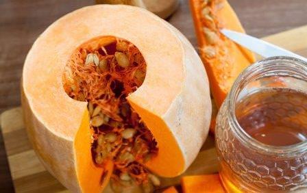 Очень известным и полезным блюдом является тыквенный мед
