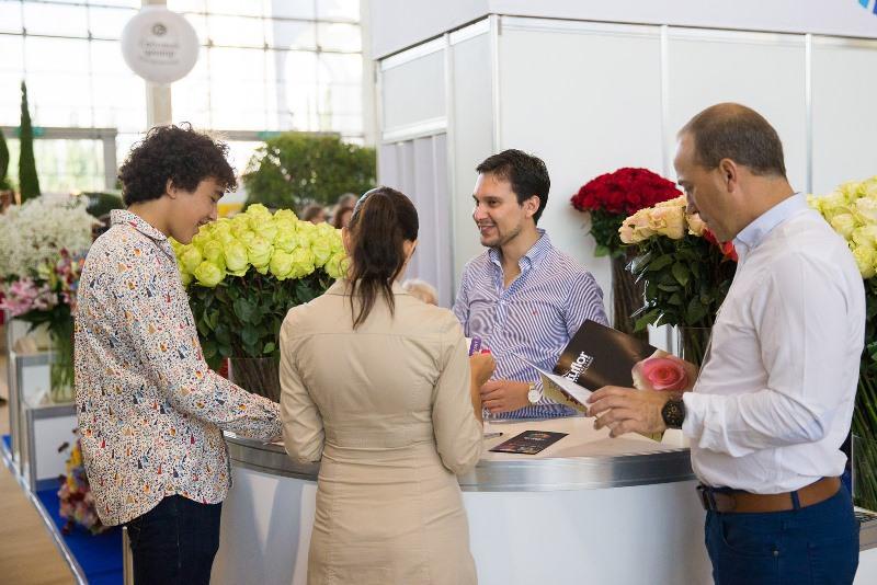 Грандиозная экспозиция, насыщенная программа деловых мероприятий, а также динамичные шоу-показы от известных флористов