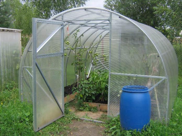 Круглогодичная теплица «Урожай» заслуживает повышенного внимания