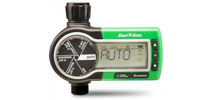 Самой перспективной считается система капельного полива, которую контролирует автоматический таймер