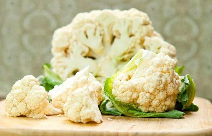 В состав капустной головки входят многочисленные, очень плотно расположенные побеги из зачатков соцветий, которые хорошо просматриваются на фото этой овощной культуры