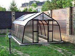 Большинство огородников сделали свой выбор в пользу теплицы GLASS HOUSE