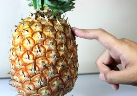 Осталось достаточно много людей, которые не знают, как выбрать ананас