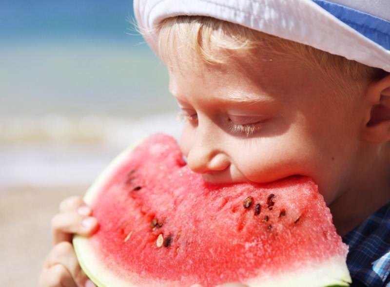 Свежий арбуз — это природный источник незаменимых микроэлементов и витаминов