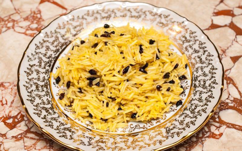 Используют барбарис не только в медицине, но и в кулинарии