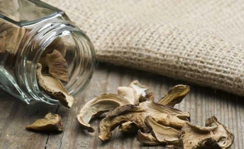 Сушёные боровики можно хранить как в стеклянной посуде