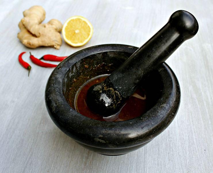 Многие используют имбирь как лекарство, но не менее часто его применяют и в кулинарии