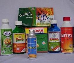 Химические препараты делают жизнь дачника намного проще