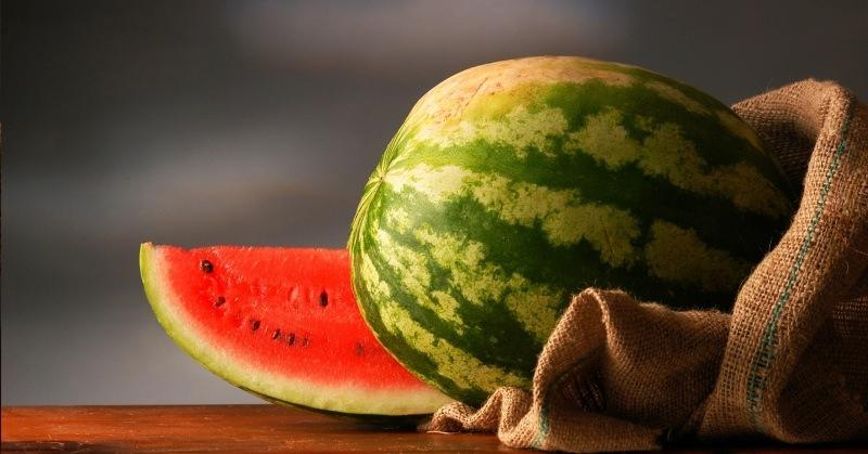 Необходимо отметить, что только целый плод можно поместить на хранение таким методом. Сохранить четвертинку или половинку абсолютно невозможно