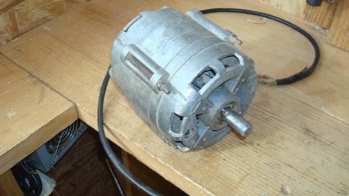 Для изготовления бетономешалки можно применять двигатели от старых стиральных машин