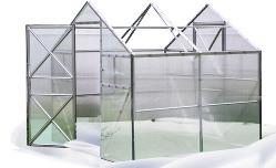 Наличие открывающейся или сдвижной конструкции очень актуально для тепличных сооружений